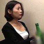 韓国の綺麗なお姉さんの寝込みを襲う!問答無用で「生」のままぶち込み