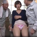 汚い作業着のジジィに輪姦されまくる巨乳美人妻