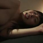 強姦魔にアナルの奥まで肉棒をねじ込まれ悶絶する美人熟女