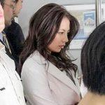 「嘘でしょこんなとこで…」電車から標的になってファミレスで公然痴漢レイプされる人妻